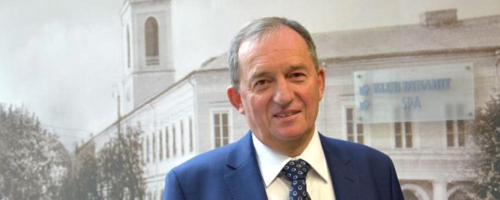 Andrzej Matusiewicz otrzymał tytuł honorowy Profesora Oświaty